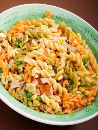 fusilli: Fusilli with peas and ham