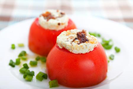 queso de cabra: Tomates rellenos con queso de cabra
