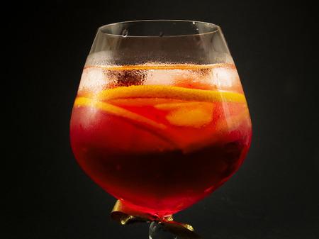 sweet vermouth: Ingredients:  2 oz gin  1 oz sweet Italian vermouth  1 oz Campari  orange slices