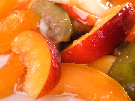 fullframe: Gelatin dessert with fruits