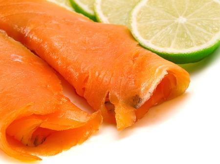 salmon ahumado: Salmón ahumado con limón