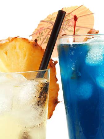blue hawaiian drink: Ingredients for Vanilla Sky:  30 ml vanilla vodka  30 ml Sourz Pineapple  Sprite or 7Up   Ingredients for Blue Hawaiian:  1 oz light rum  2 oz pineapple juice  1 oz Blue Curacao liqueur  1 oz cream of coconut