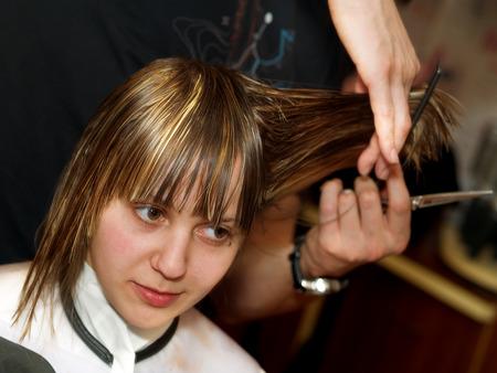 haircutting: Cutting hair at the hair studio