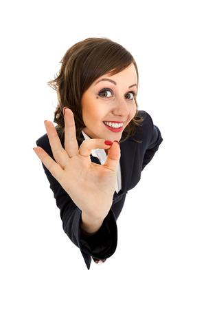 Imprenditrice isolato su sfondo bianco girato con obiettivi grandangolari