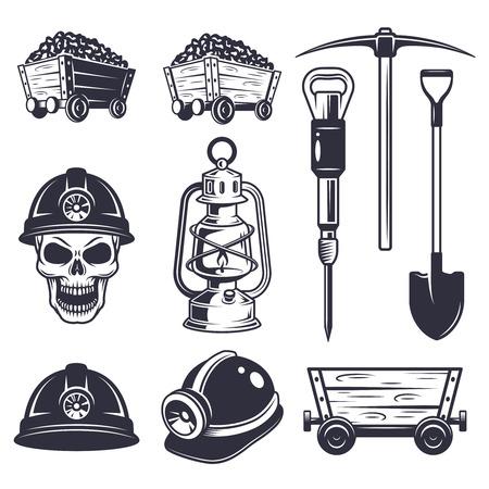 carbone: Set di elementi di estrazione di carbone d'epoca. Stile in bianco e nero. Vettoriali