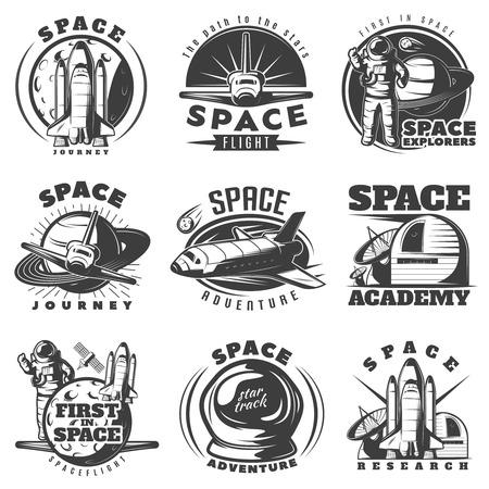 Ruimte zwarte witte emblemen van reizen en academies met astronaut shuttle wetenschappelijke apparatuur geïsoleerde vector illustratie