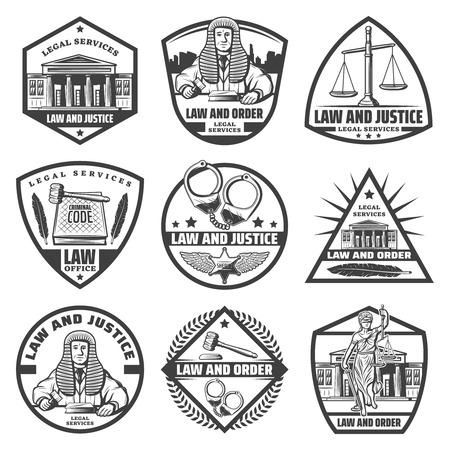 Vintage monochrome Justizsystem Etiketten mit Gerichtsgebäude Handschellen Skalen Hammer Gesetzbuch Themis Statue Feder Richter isoliert Vektor-Illustration gesetzt