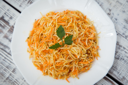 celery root: vitamin salad with celery root, carrots and apples
