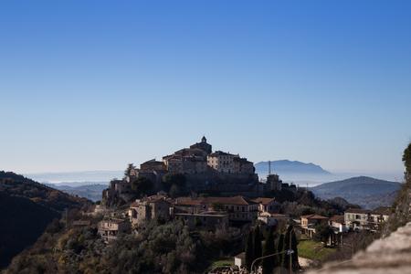 Cantalice の村と山リエーティ、...
