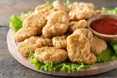 Fried crispy chicken nuggets with ketchup close-up 版權商用圖片