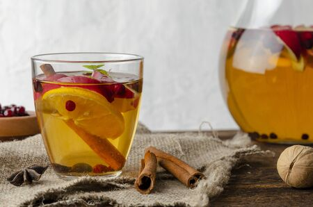 Spiced apple mocktail with mint and cinnamon. wooedn Фото со стока