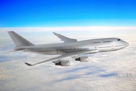 boeing 747: Moderno aereo sopra le nuvole. Archivio Fotografico