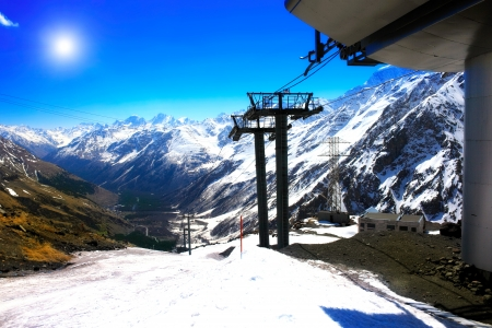 cableway: Wonderful view of the cableway in the mountains. Elbrus