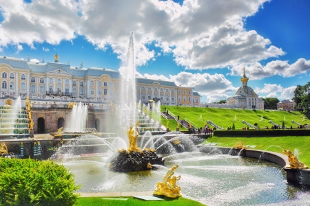 st petersburg: Grand cascade in Pertergof, Saint-Petersburg, Russia Stock Photo