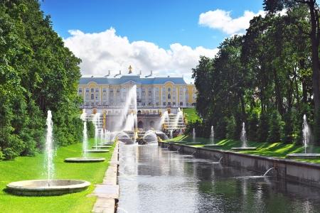 Grand cascade in Pertergof, Saint-Petersburg, Russia 版權商用圖片
