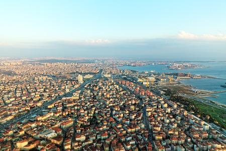 Zeige auf Istambul vom Flugzeug in der Nähe Airport.Turkey