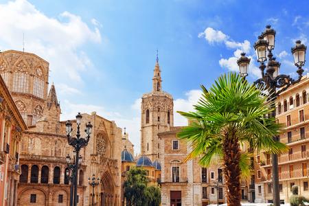 Plein van Saint Mary's en Valencia Cathedral Tempel in oude town.Spain, Catalonië. Stockfoto