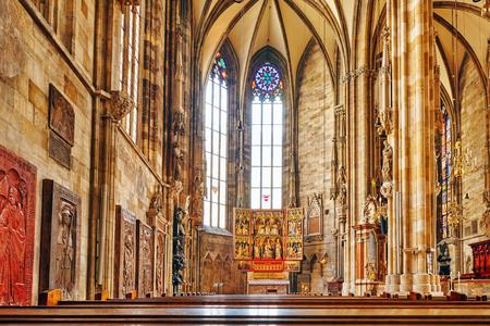 religion catolica: Interior de la catedral de San Esteban (San Esteban) la iglesia madre de la Arquidiócesis de Viena y el asiento del arzobispo de Vienna.Austria.