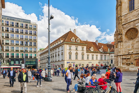 stephansplatz: VIENNA,AUSTRIA-SEPTEMBER 10, 2015: People on Stephansplatz -is a square at the geographical centre of Vienna near St. Stephens Cathedral (Stephansdom) and the seat of the Archbishop of Vienna.Austria. Editorial