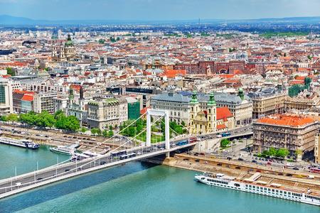 elisabeth: Elisabeth Bridge- newest bridge of Budapest, Hungary, connecting Buda and Pest across the River Danube