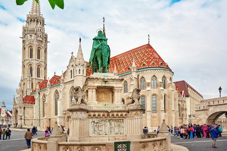 halaszbastya: BUDAPEST, HANGARY-MAY 03, 2016: View on the Old Fisherman Bastion in Budapest. Statue Saint Istvan and people near. Hungary.