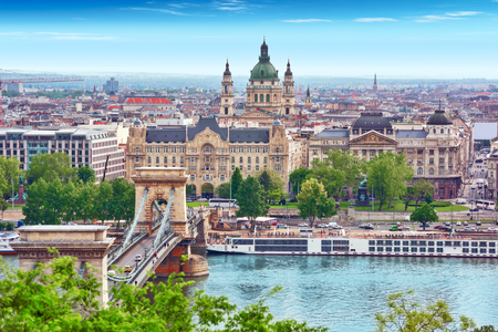 Panorama View on Budapest city from Fisherman Bastion. Hungary. Banque d'images