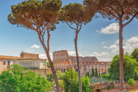 rostrum: ROME, ITALY - MAY 08, 2017 : Beautiful landscape of the Colosseum in Rome- one of wonders of the world  in the morning time. View from Roman Forum.