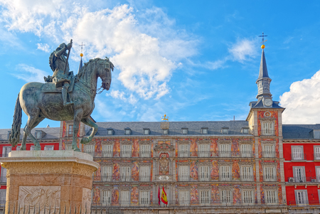 Bronze statue of King Philip III at the center of the square on Plaza Mayor. Plaza Mayor - one of central squares of the Spanish capital. Stock Photo