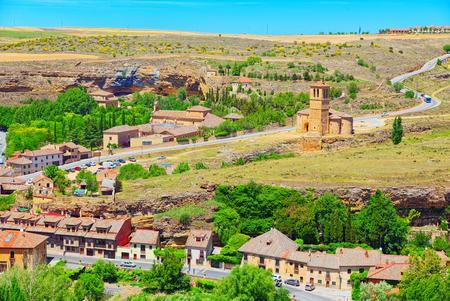 Eresma Valley (Mirador Del Valle del Eresma) landscape view area near Segovia, Spain. Imagens