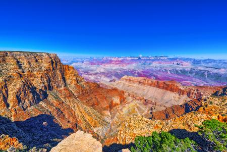 Niesamowita naturalna formacja geologiczna - Wielki Kanion w Arizonie, Southern Rim. USA. Zdjęcie Seryjne