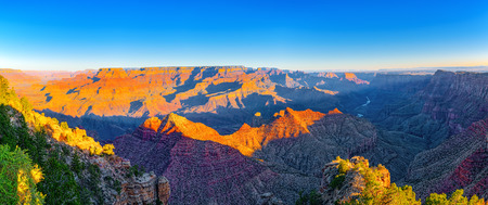 Amazing natural geological formation - Grand Canyon in Arizona, Southern Rim. USA. 스톡 콘텐츠