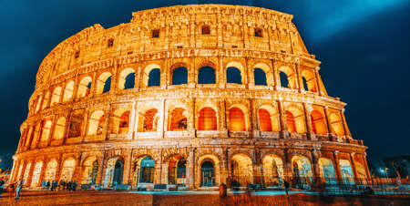 Beautiful landscape of the Colosseum in Rome- one of wonders of the world  in the evening time. Italy. 版權商用圖片
