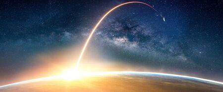 Krajobraz z galaktyką Drogi Mlecznej. Wschód słońca i widok Ziemi z kosmosu z galaktyką Drogi Mlecznej.