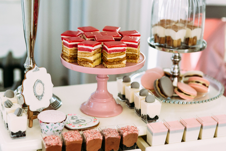 original plate: Delicious and colorful desserts for the wedding guests