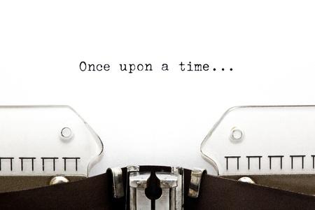 Érase una vez ... escrito en una vieja máquina de escribir