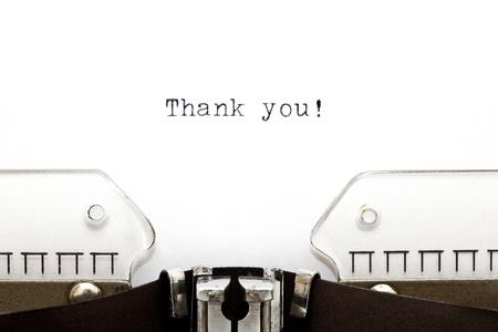 agradecimiento: Thank You impreso en una vieja m�quina de escribir como un titular de una carta Foto de archivo