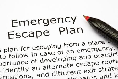 catastrophe: Plan d'�vacuation d'urgence avec un stylo rouge