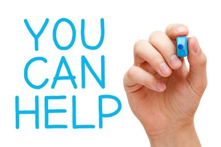 ayudando: Escritura de la mano le puede ayudar con marcador azul a bordo limpie transparente. Foto de archivo