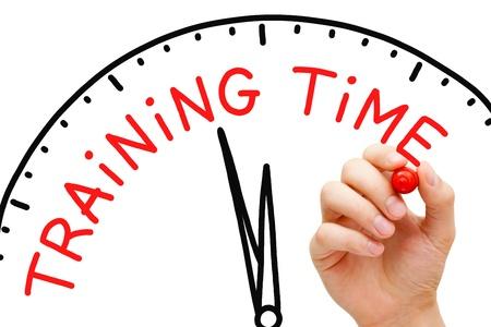 aide à la personne: Hand writing Formation Time concept avec un marqueur rouge sur transparent conseil essuyer. Banque d'images