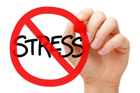 estrés: Gráfico de la mano del estrés prohibición Concepto de la muestra con el marcador a bordo transparente limpie. Reduce el estres. Foto de archivo