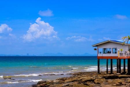 casa y el mar Foto de archivo - 16688796