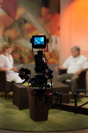 viewfinder: Videocamera mirino - spettacolo di registrazione in studio TV - concentrarsi sulla fotocamera