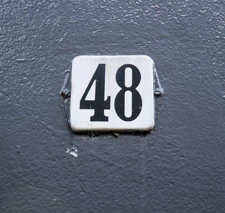 number plate: Huisnummer  number plate 48