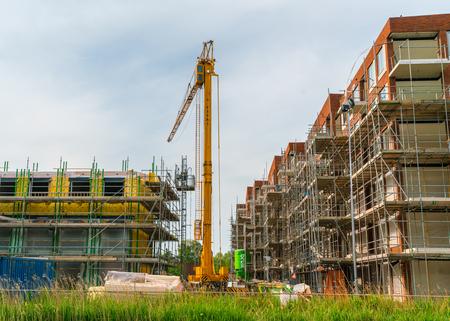 Amsterdam, Paesi Bassi, 22 maggio 2017: la costruzione di nuove case e appartamenti nella parte occidentale di Amsterdam Archivio Fotografico - 83578104