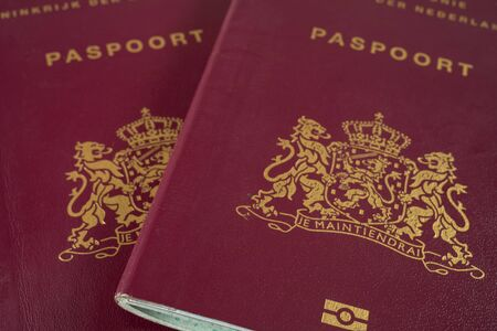 Cerrar dos pasaportes holandeses Foto de archivo