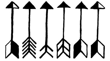 tribales: Flechas lindas, garabatos dibujados a mano fijados. ,, Flechas inconformista étnicos tribales colección boceto para la decoración de diseño