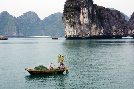 tay: Tay Vinh Lan Ha, Halong bay, Vietnam