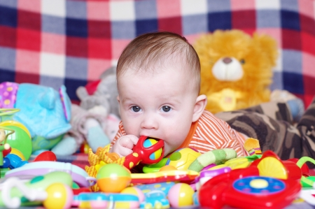 5 months baby playing toys