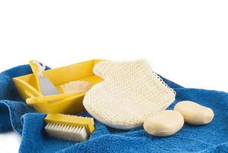 fregando: lavado en amarillo y azul