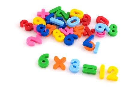 multiplicar: se multiplican con el n�mero de colores de pl�stico